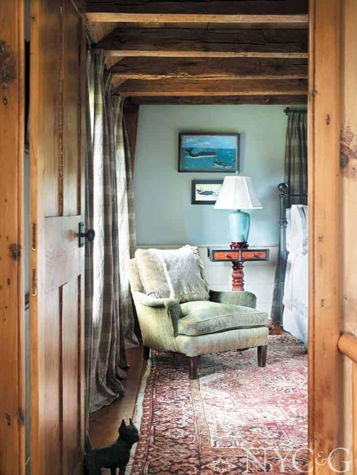 25137-Historic-Southampton-Home-Tour-Robert-Coburn-Averitt-Buttry-Guest-Room-Chair-165ced92