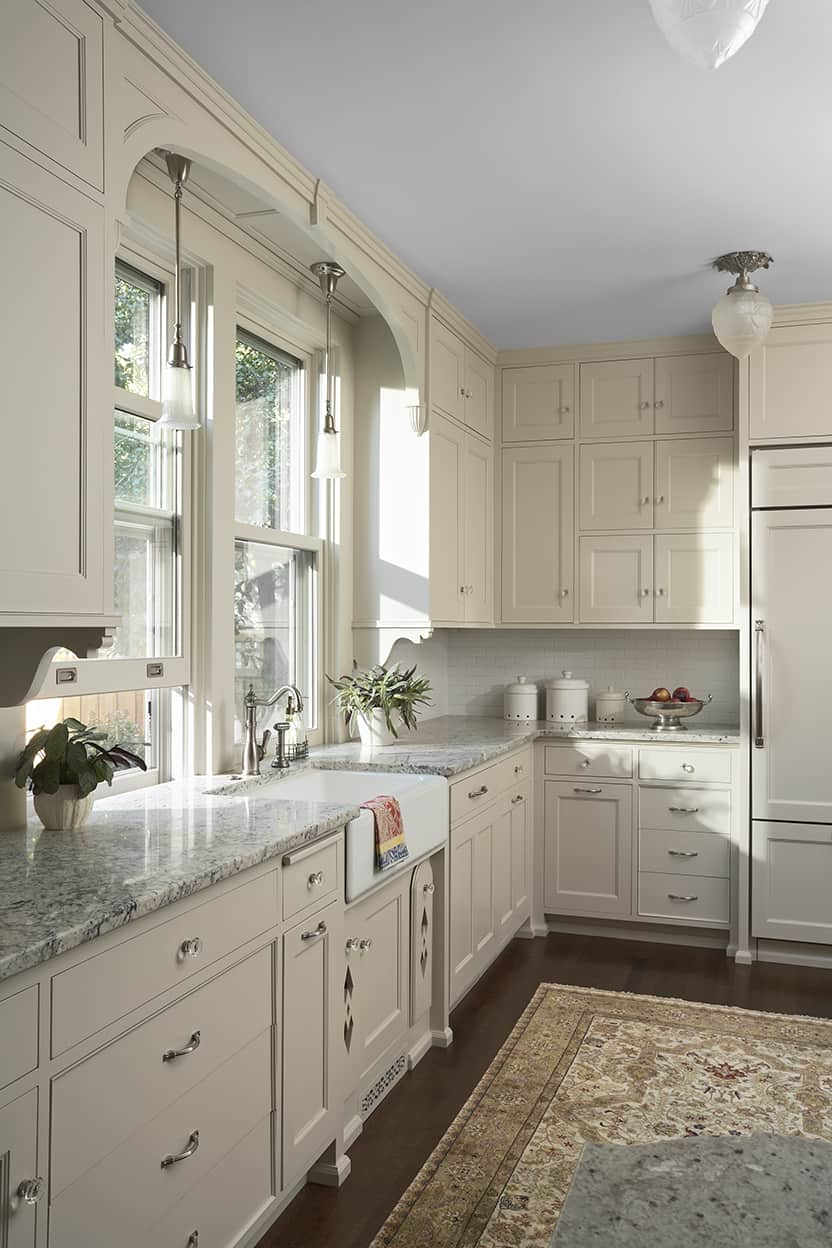 Image of: Cream And White Kitchens Happy Accident Or Stroke Of Genius