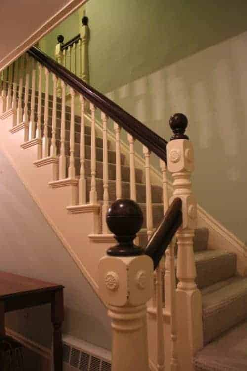 My Victorian banister and taupe-ish carpet. If we paint, this thing is going to look even more dingy.