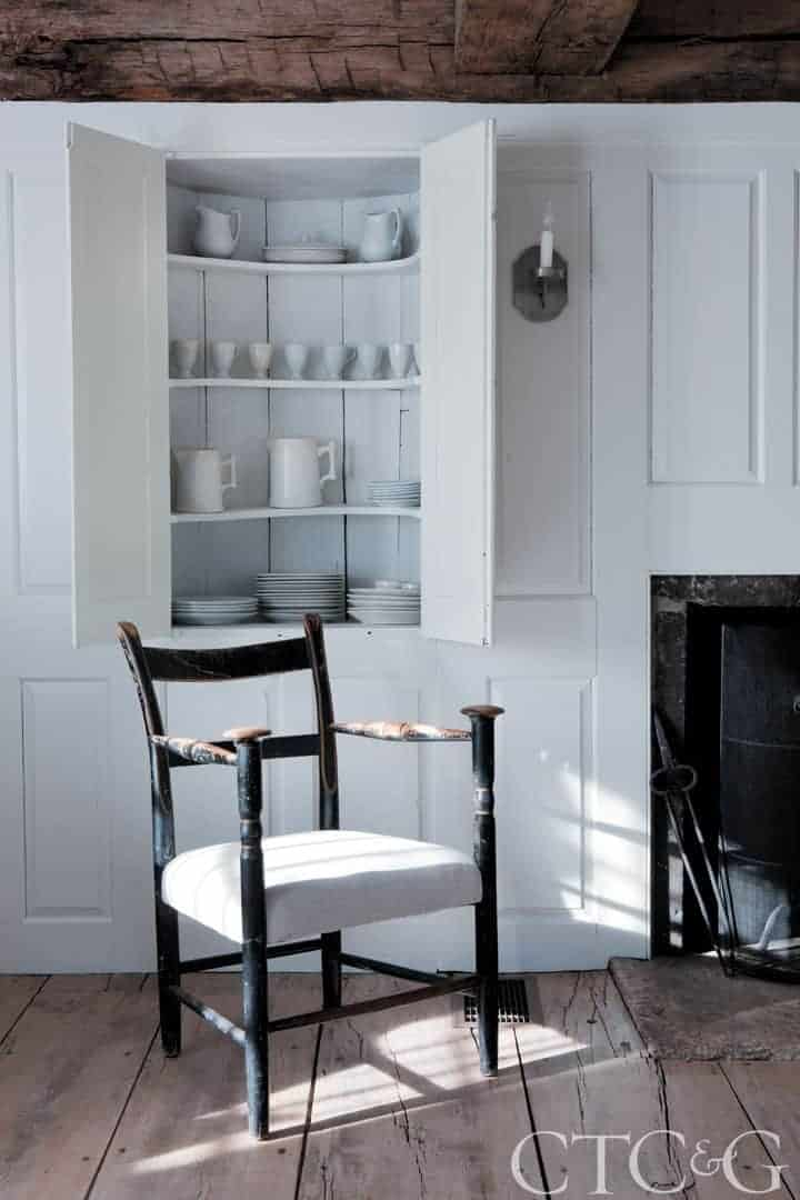 29183-Killingworth-Home-Tour-Designer-Fishelson-Chair-37c2c4fa