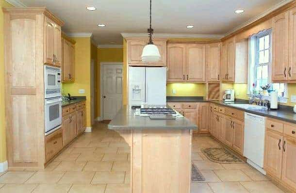 5 Fresh Looks For Natural Wood Kitchen Cabinets Home: kitchen colors with natural wood cabinets