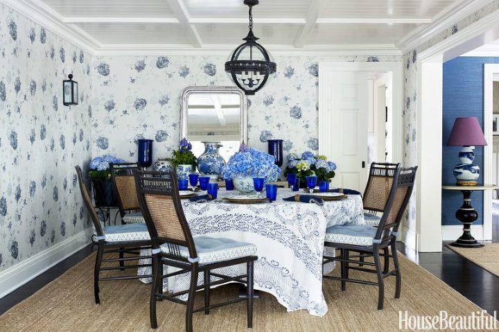blue white dining room wallpaper