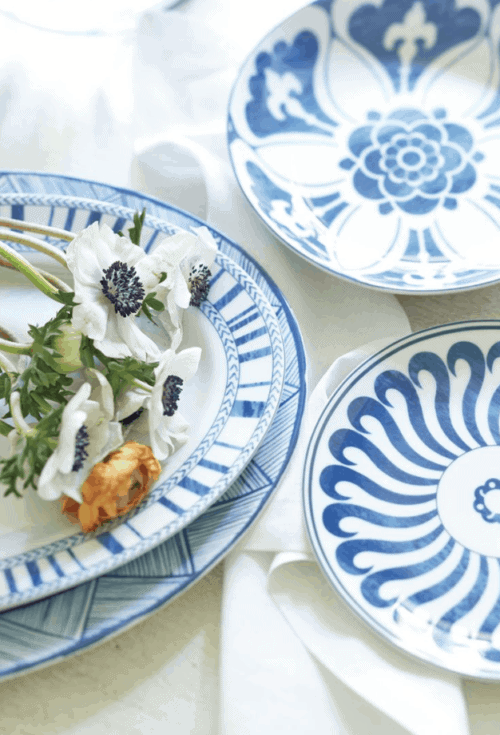blue white mismatched china dining room
