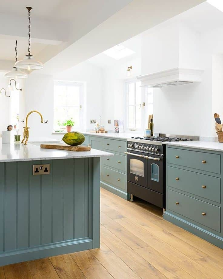 """5 Timeless Kitchen """"Trends"""" For All Budgets"""